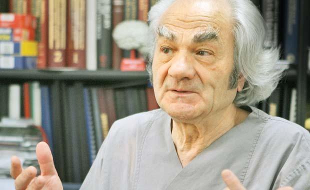 Leon Dănăilă